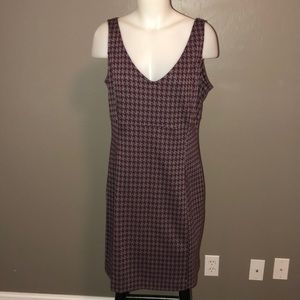 Gray & Maroon Houndstooth Jumper - Large